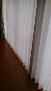 形状記憶加工カーテン1